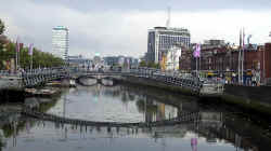 The Ha'Penny Bridge over the lovely Liffey